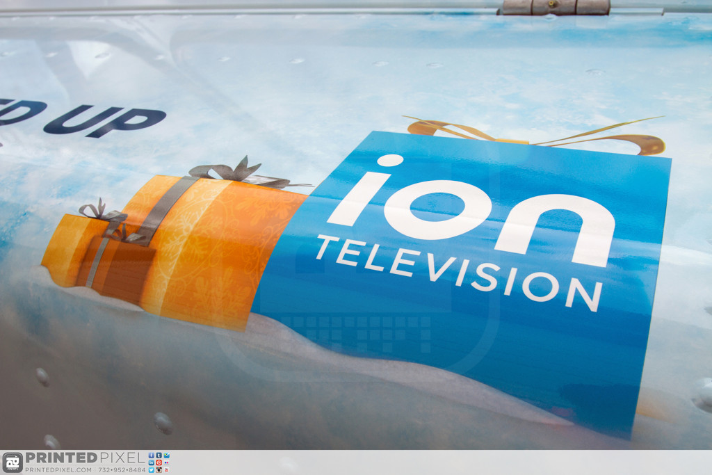 ION Television - Get Wrapped Up, hood close-up of logo