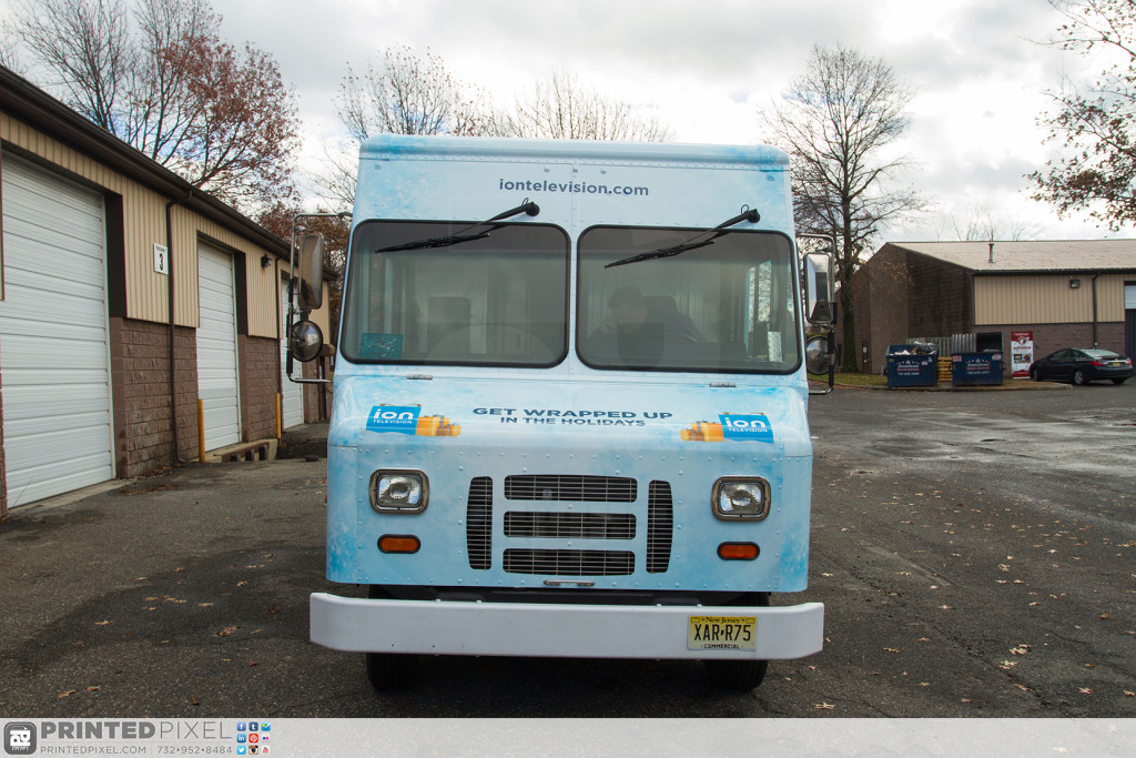 ION Television - Get Wrapped Up, head on view of truck from front