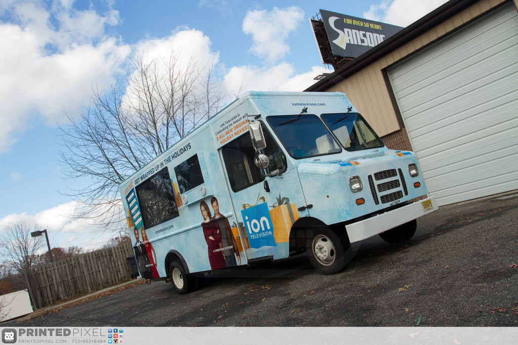 ION Television - Get Wrapped Up, excellent 3/4 view from passenger side front of vehicle